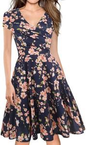 Sukienka Cikelly mini z krótkim rękawem