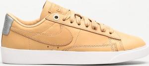 Trampki Nike z płaską podeszwą ze skóry niskie