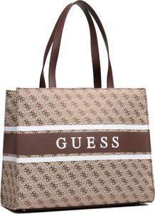 Brązowa torebka Guess na ramię duża z nadrukiem
