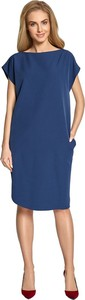 Niebieska sukienka Style midi