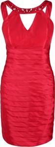 Czerwona sukienka Fokus midi dopasowana