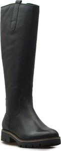 Czarne kozaki Caprice w stylu casual przed kolano z płaską podeszwą