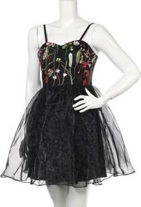 Sukienka Cals