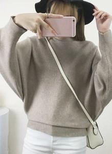Sweter Arilook z dzianiny w stylu casual
