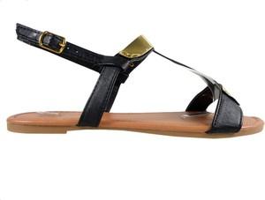 Czarne sandały Kokietki ze skóry z klamrami z płaską podeszwą