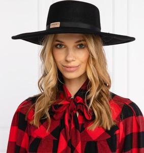 Czerwona czapka Twinset