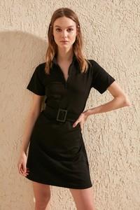 Czarna sukienka Trendyol z dekoltem w kształcie litery v mini z krótkim rękawem