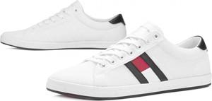 816f6f45cdc67 Buty sportowe Tommy Hilfiger w sportowym stylu sznurowane