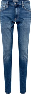 Jeansy Calvin Klein w street stylu z jeansu