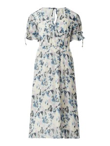 Sukienka YAS z dekoltem w kształcie litery v z krótkim rękawem