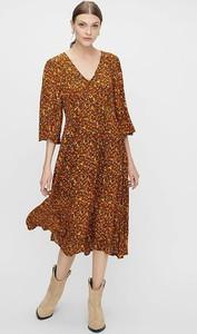 Brązowa sukienka Y.A.S z bawełny z długim rękawem