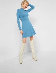Sukienka ORSAY z golfem z długim rękawem