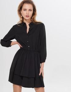 Czarna sukienka Mohito w stylu casual mini rozkloszowana