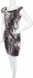 Sukienka Bastet w stylu casual z krótkim rękawem dopasowana