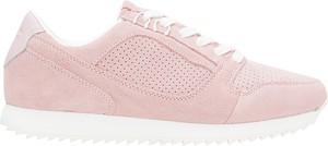 Różowe buty sportowe 4F z płaską podeszwą z zamszu w sportowym stylu