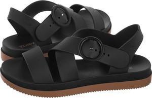 Czarne sandały Zaxy z płaską podeszwą z klamrami w stylu casual