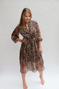 Brązowa sukienka Endoftheday w stylu casual z długim rękawem asymetryczna