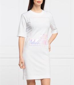 Sukienka Love Moschino mini z okrągłym dekoltem prosta