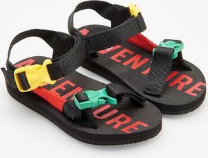 Czarne buty dziecięce letnie Reserved