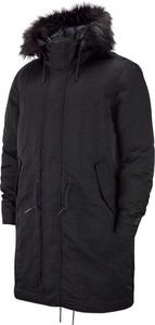 Czarny płaszcz Nike w stylu casual
