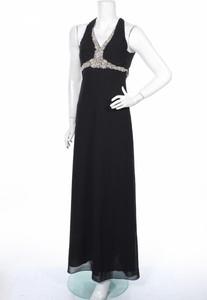 Czarna sukienka Niente