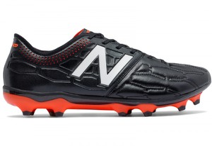 Czarne buty sportowe New Balance ze skóry sznurowane w sportowym stylu