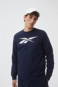 Granatowa bluza Reebok w sportowym stylu