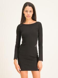 Czarna sukienka Patrizia Pepe prosta z długim rękawem z okrągłym dekoltem