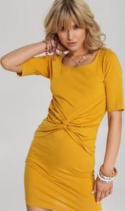 Żółta sukienka Renee z krótkim rękawem