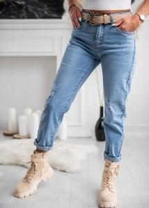 Niebieskie jeansy Fason