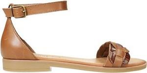 Sandały Lasocki z klamrami ze skóry w stylu casual