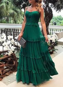 Sukienka Sandbella na ramiączkach maxi z dekoltem w kształcie litery v