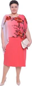 Sukienka modneduzerozmiary.pl z okrągłym dekoltem z krótkim rękawem midi