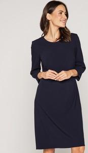 Sukienka Bialcon z długim rękawem prosta w stylu casual