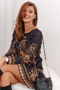Czarna sukienka Fasardi z długim rękawem mini rozkloszowana