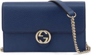 Granatowa torebka Gucci na ramię średnia