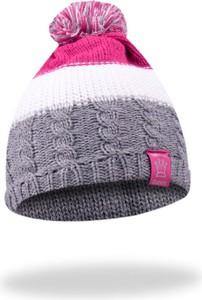Fioletowa czapka YoClub