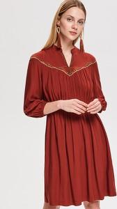 Czerwona sukienka Reserved oversize w stylu casual midi