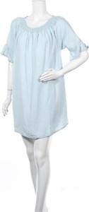 Niebieska sukienka Zizzi prosta mini w stylu casual