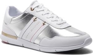 Buty sportowe Tommy Hilfiger sznurowane z płaską podeszwą