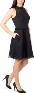 Sukienka Ted Baker z dekoltem halter bez rękawów rozkloszowana