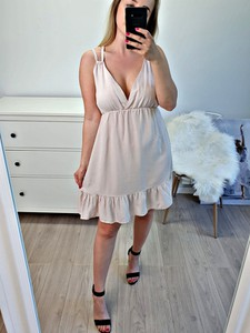 Sukienka MON BOUTIQUE na ramiączkach
