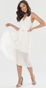 Sukienka born2be w stylu casual bez rękawów