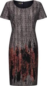 Sukienka Dorota z okrągłym dekoltem midi z tkaniny