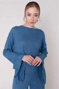 Niebieska bluzka Sheandher.pl w stylu casual z długim rękawem z okrągłym dekoltem