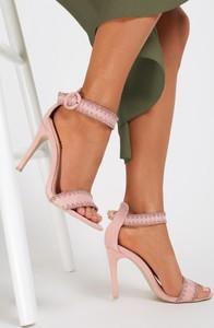 Sandały renee na szpilce z klamrami