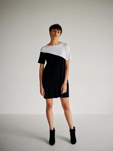 98a84a6113 sukienki firmy simple - stylowo i modnie z Allani