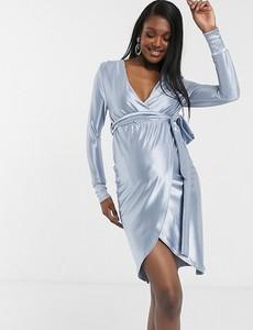 ASOS DESIGN Maternity – Elastyczna, satynowa sukienka midi o kopertowym fasonie w kolorze przygaszonego błękitu-Niebieski
