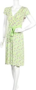 Zielona sukienka Merona w stylu casual z krótkim rękawem