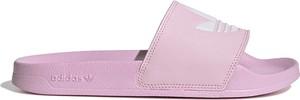 Różowe klapki Adidas ze skóry ekologicznej